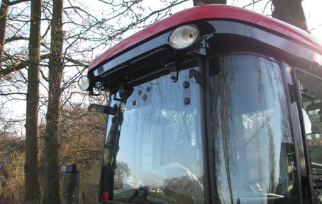 Branson 25 serie cabine branson tractors for Branson condomini e cabine in affitto